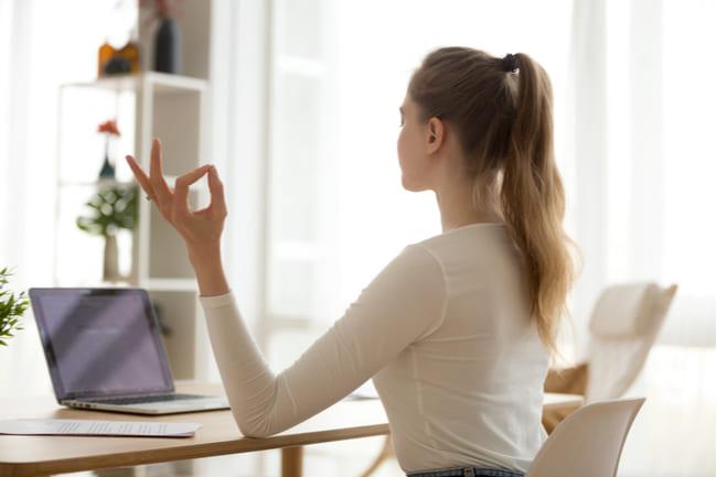 まとめ:長時間座っても姿勢が悪くならないのはバランスチェア・イージー